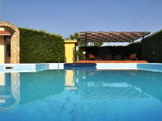 Luxurious Quite Villa with Stunning Private Pool - San Vito dei Normanni vacation rentals