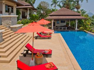 ORIOLE - LUXURY 5 BED POOL VILLA FROM $500 A NIGHT - Bang Tao Beach vacation rentals
