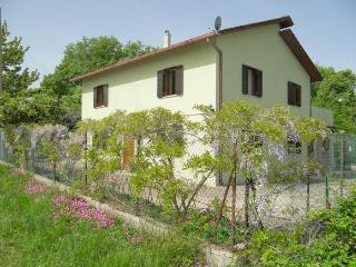 Villa near the Adriatic sea and Apennines in Italy - Roccascalegna vacation rentals