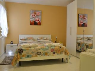 Periwinkle Holiday Apartment - Saint Paul's Bay vacation rentals