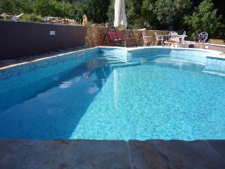 1 bedroom apartment with swimming pool on Hvar - Island Hvar vacation rentals