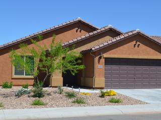 Retreat for Golfers, Snowbirds, AZ - Casa Grande vacation rentals