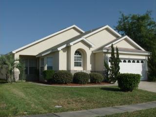 Wonderful 4 Bedroom Condo, Grumpysvilla, includes Air Conditioning and Jacuzzi - Kissimmee vacation rentals