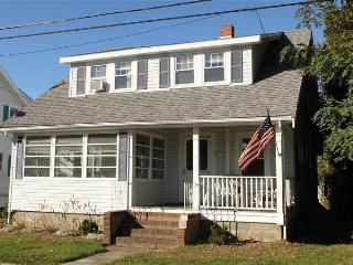 4 Montgomery Court - FLYON - Cape Cod vacation rentals