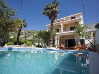 Villa  with headed  Pool  only 20m from the sea,Sauna+Whirpool - Cove Lovrecina (Postira) vacation rentals