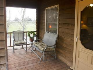 Walk to Award Winning Winiers,  Adorable 2 bedroom - Lodi vacation rentals