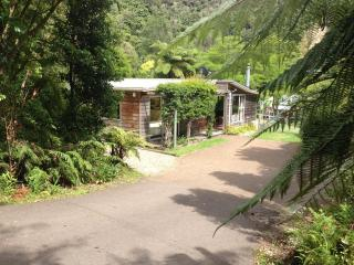 The Cheeky Tui Holiday Cabin, Lake Tarawera - Rotorua vacation rentals