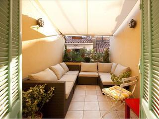 Roof terrace with canopy out - Cute 3 storey house in the heart of Old Antibes - Antibes - rentals