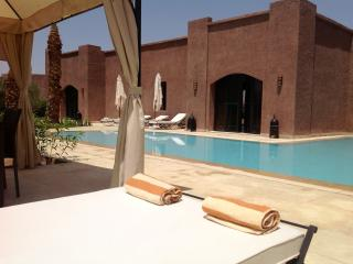 VILLA RIAD Marrakech for 10 persons. - Marrakech vacation rentals