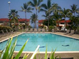 Keauhou Kona Surf & Racquet 58 2 b/r condo in  oceanfront complex Kona Hawaii - Kailua-Kona vacation rentals