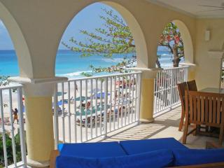 Beachfront, Ideal for Couples & Families, Short Walk to Restaurants & Shops, Resort Pool - Dover vacation rentals