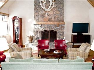 Large & Luxurious Vacation Home - Next to the Bigwood Golf Course (1154) - Ketchum vacation rentals