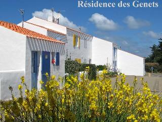 ISLE OF YEU (FRANCE)-South of Brittany-House for 6 - Vendee vacation rentals