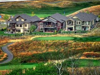 GREAT GOLF LAKE SKI HOME PERFECT LOCATION - Kelowna vacation rentals