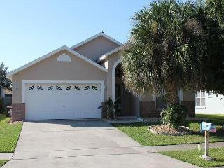 Spacious 5 Bedroom House with Private Pool on Santee Drive - Kissimmee vacation rentals