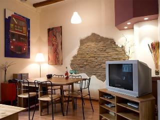 Born Picasso A - Trendy design & superb location - Barcelona vacation rentals