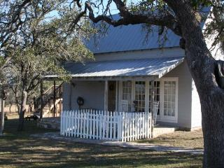 Longhill Guest House - Fredericksburg vacation rentals