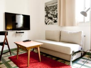 Hayarden -- Studio next to the beach - Image 1 - Tel Aviv - rentals