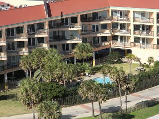 Gulf View, 3 Pools, Sleeps 8, 2 BR, 2 BA, Top Floor - Galveston vacation rentals