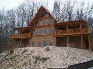 """El Castillo"" with Private Heated Swimming Pool - Pigeon Forge vacation rentals"