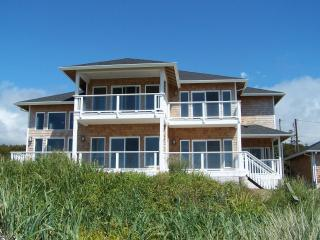 Ocean Front Luxury Home Every Room has a View! - Waldport vacation rentals