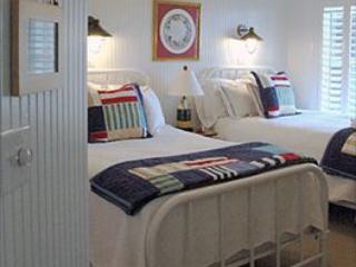 Oriental Harbor Place Unit B12 106726 - Image 1 - Oriental - rentals