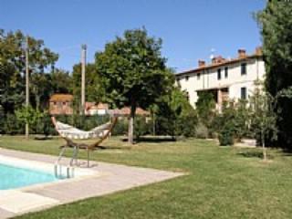 Villa Fastia A - Camucia vacation rentals