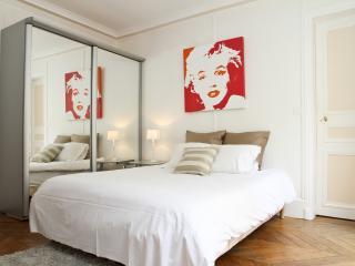 10. PRESTIGE APARTMENT - SAINT HONORE - LOUVRE - Paris vacation rentals