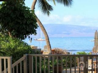 Beachfront Stunning Lahaina Beach House - Lahaina vacation rentals