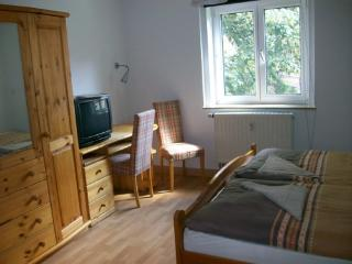 Vacation Apartment in Jena - modern, central, good transport (# 3580) - Kranichfeld vacation rentals