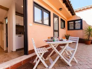 2ppl romantic studio&terraces on Navona - Jubilee - Rome vacation rentals