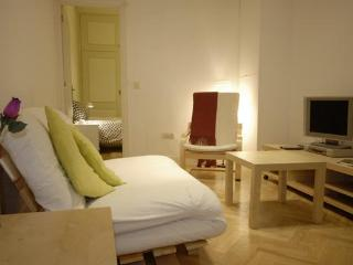 SANTA ANA SQUARE - Madrid vacation rentals
