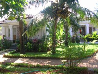 2 bedroom Villa with Internet Access in Cavelossim - Cavelossim vacation rentals