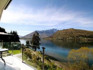 Lakeside alpine luxury at your fingertips; bikes included for adjacent track! - Queenstown vacation rentals