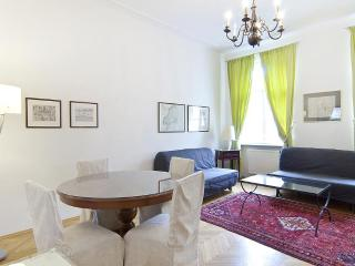 Walking distance to Stephanplatz  appartment Messenhausergasse - Vienna vacation rentals