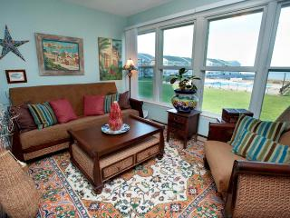 Erie Lakefront Condo w/ Views/Beach/Pool/Hot Tub - Kelleys Island vacation rentals