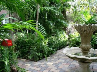 ~~~Avocado Cottage,private gated compound ~~~ - West Palm Beach vacation rentals