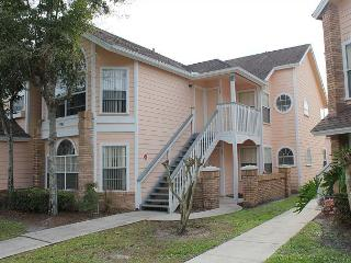 Within 3 miles of Disney World, with pool, hot tub, gym, sauna, free Wi-Fi - Lake Buena Vista vacation rentals