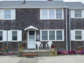 FOOTSTEPS Rental Upper Level pet friendly 3BR, LBI - Beach Haven vacation rentals