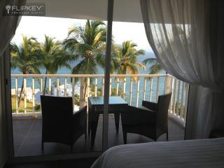 1 Bedroom Ocean View Condo Vista Mare Samana - Santa Barbara de Samana vacation rentals