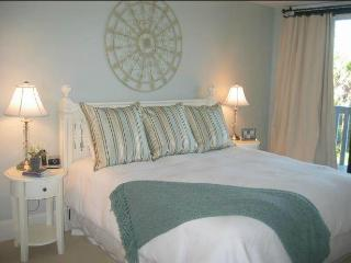 Sandpiper at Shipwatch, 2BR, Oceanfront, Gorgeous! - Kiawah Island vacation rentals