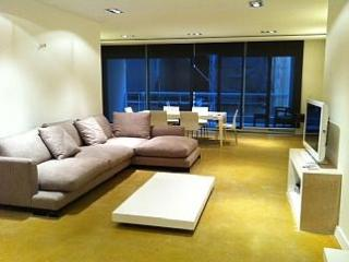 Large 3 Bedroom A/C Side Seaview Apt FREE Wifi - Sliema vacation rentals