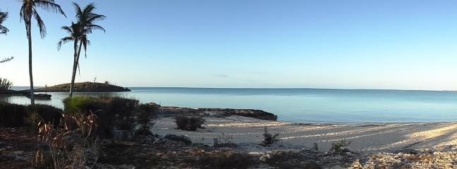 Rainbow Beach from the north side - Apartment  - Ocean view - 1-bedroom 500$/week - Eleuthera - rentals