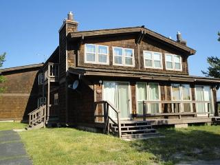 The Ultimate in Relaxation! Awesome Location! Sleds Welcome-Free WiFi - Eastern Idaho vacation rentals