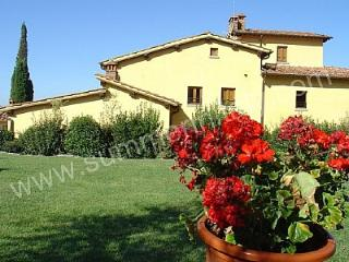 Perfect House with Deck and Garden in Castelfranco di Sopra - Castelfranco di Sopra vacation rentals