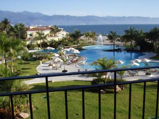 Luxury Ocean View Condo-Portofino Marina Vallarta - Puerto Vallarta vacation rentals