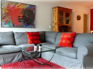 LLAG Luxury Vacation Apartment in Garmisch-Partenkirchen - 592 sqft, comfortable, bright, nice views… - Garmisch-Partenkirchen vacation rentals