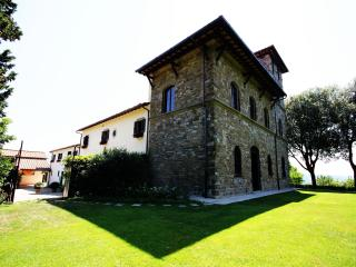 Apartment in Florence Villa of 15th century (90sq) - San Donato In Collina vacation rentals
