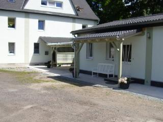 Vacation Apartment in Brandenburg an der Havel - 538 sqft, cozy, new, quiet (# 3611) - Brandenburg an der Havel vacation rentals
