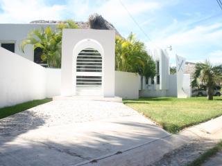 Maxamar Estate Puerto Escondido Luxury Home Rental - Puerto Escondido vacation rentals